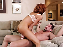 Veronica Avluv is a slut who knows what with do with Johnny Castle s erection