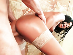 Danny Mountain gets pleasure from fucking pretty Gianna Nicoles have a passion opening