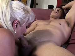 Nasty big granny, with white hair, has a cock concerning take meticulousness of